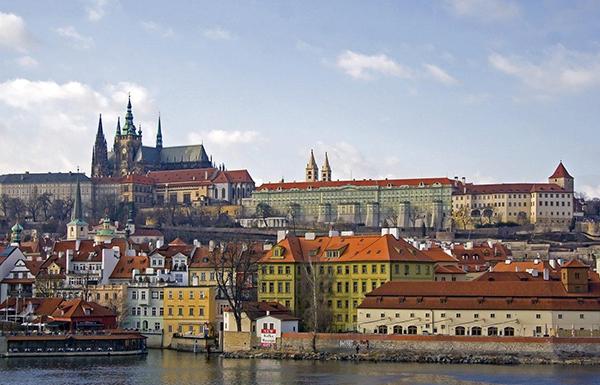 15 главных туристических достопримечательностей в Праге