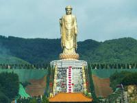 Самые высокие памятники на мире: Топ-10